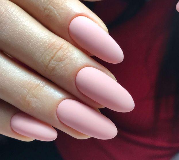 Наращивание ногтей в салоне красоты в Днепре