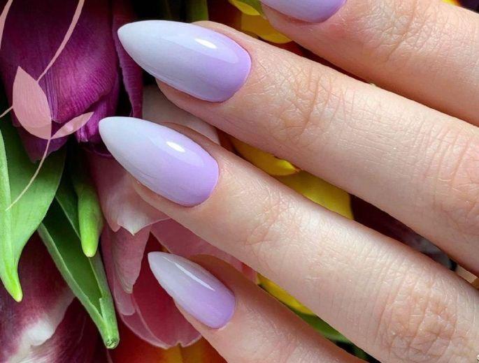 Услуги по наращиванию ногтей